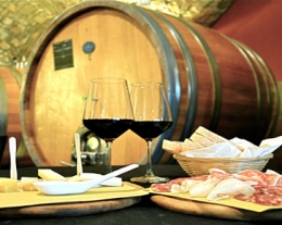 regali per lui degustazione vino, regali uomo che ama il vino, idea regalo degustazione vino
