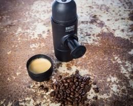 macchina espresso compatta per viaggio, regalo per gli amanti del caffè espresso, idee regalo per viaggiatori
