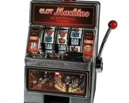 salvadanaio slot machine, regali per lui divertenti, idee regalo uomo