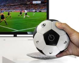 telecomando a forma di pallone da calcio, idee regalo ragazzo, regali per appassionati di calcio