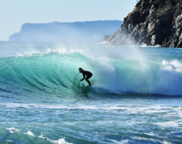 lezioni di surf, regali per lui, idee regalo per chi ama il mare