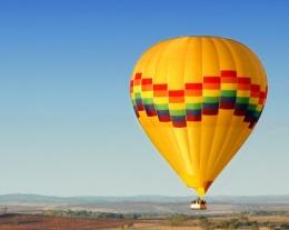 Volo in mongolfiera, regali per lui romantici