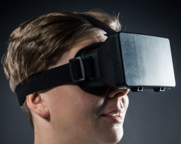 Visore realtà virtuale, regalo per chi ama i videogiochi ed il cinema, regali tecnologici per lui