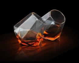 set bicchieri diamante per liquore, idee regalo uomo, regali per chi ama bere liquori
