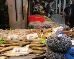 pacchetti viaggio regalo, soggiorno a venezia, visita mercato pesce rialto